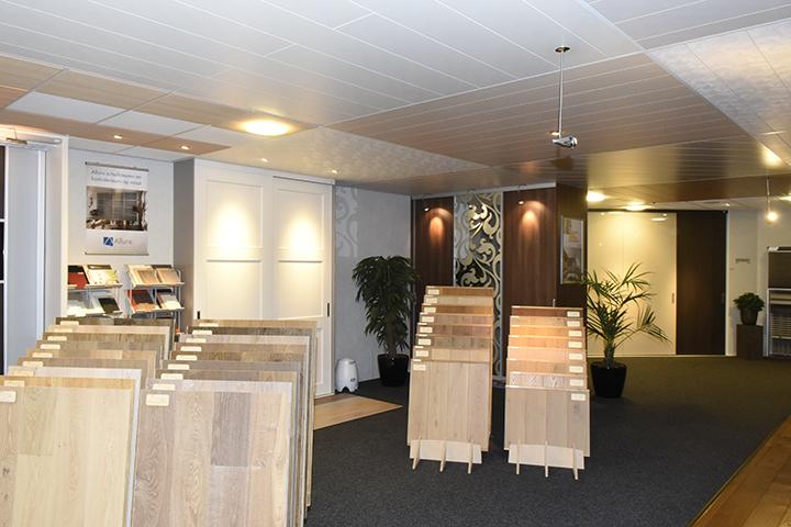 Showroom - Overzicht panelenplafonds in de showroom